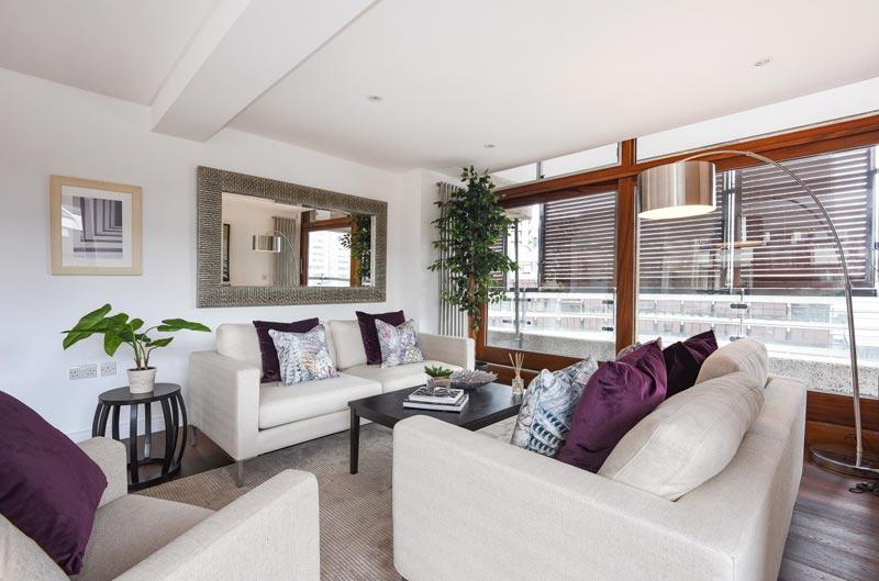2-Lounge-Barbican-DesRes-London