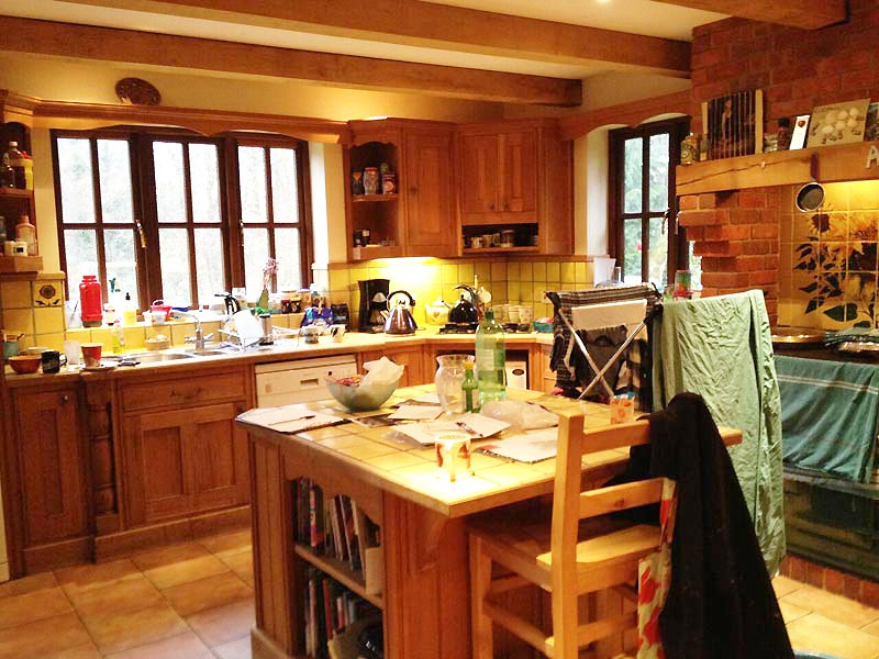 3-Kitchen-a